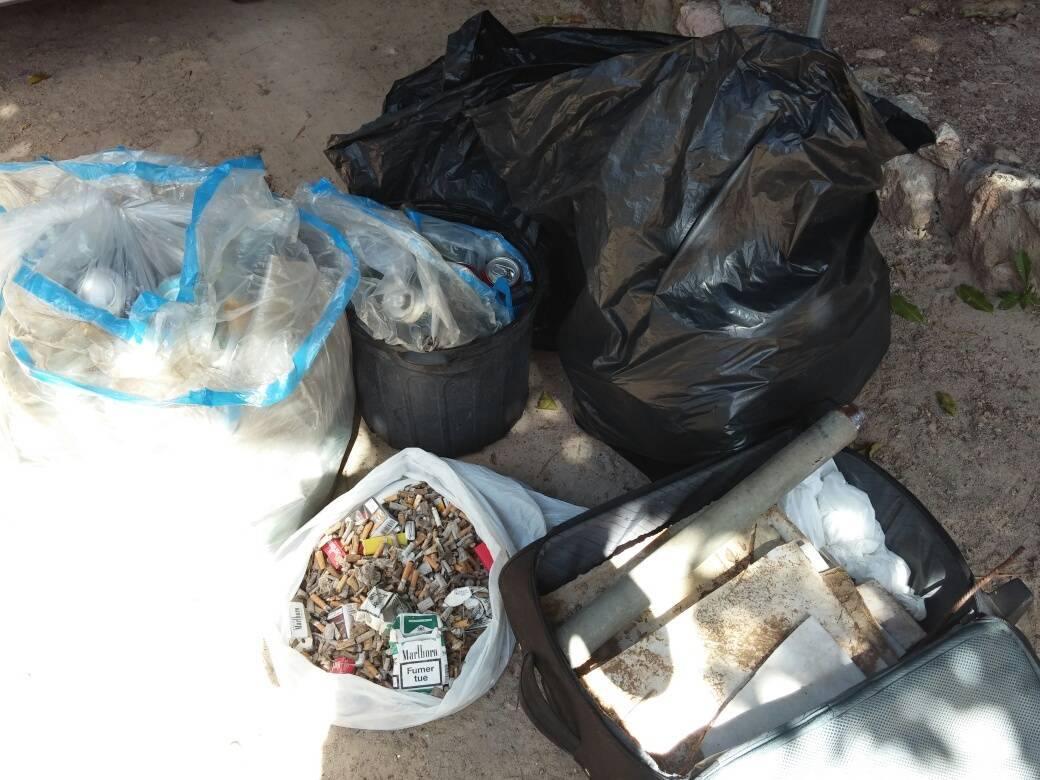 Mégots, bouteilles, canettes, valise, carreaux et même une culotte ont été retrouvés lors de la collecte.